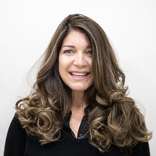 hair highlights on woman to match your skin tone