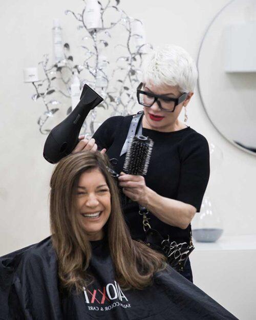 womans best hair salon consultations